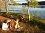 Lumière rasante et coiffure au bord du lac